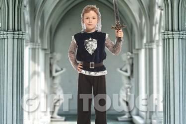 B-0196  Little Royal Knight